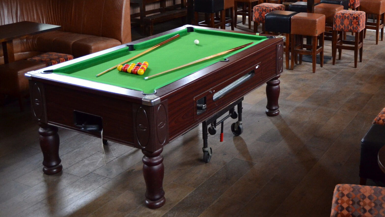 pool table movers in UAE at sunstars movers
