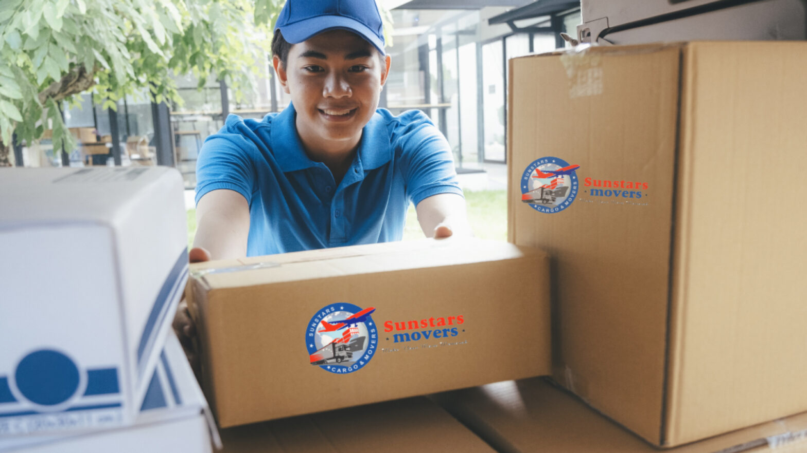 Cheap movers in Abudhabi at sunstars movers