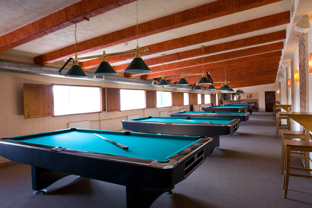 Pool table moving service